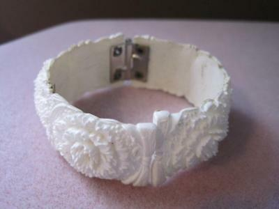 WHITE CELLULOID FLORAL Hinged Bracelet Very Old Unpainted 1920's
