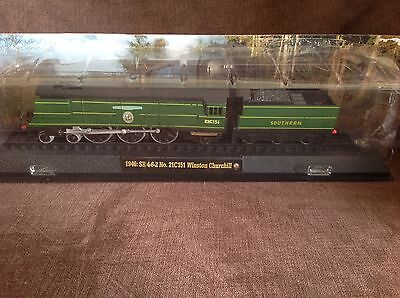 Model train collection 1946 SR Winston Churchill on railway display stand
