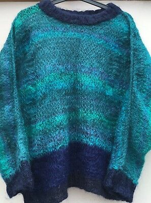 VINTAGE 1980s HANDKNITTED MOHAIR JUMPER - TEAL/NAVY. SIZE M/L