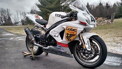 2009 Suzuki GSX-R  2009-2016 Suzuki GSXR 1000 Race Trackday Bike