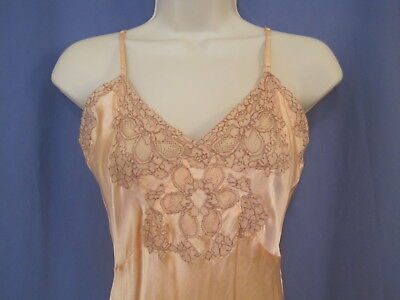 SMALL 1930's PEACH RAYON & LACE SLIP - true vintage lingerie