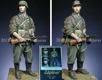 q Alpine - Scala 1/16 - TOTENKOPF Grenadier (World War II)