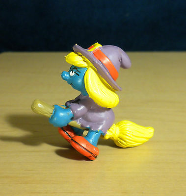 Smurfs Halloween Witch Smurfette Broom Stick Vintage Toy Smurf Figure PVC 20198