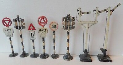 Vintage Hornby & Others Lot Of Road Signs - Traffic Lights & Train Signals