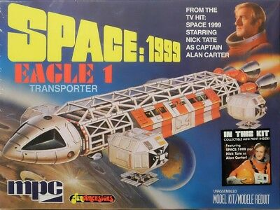 Moonbase Alpha Space: 1999 EAGLE 1 Transporter 1:72 MPC Model Kit Bausatz MPC791