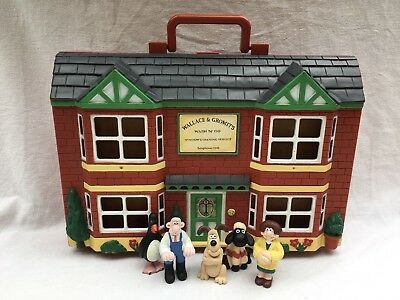 ~ WALLACE & GROMIT ~ PLAY HOUSE PLAY SET & FIGURES ~ aardman ~