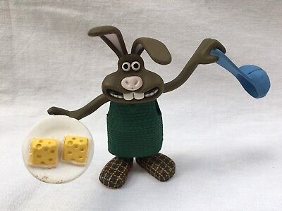 ~ WALLACE & GROMIT ~ HUTCH the RABBIT PLAY FIGURE ~