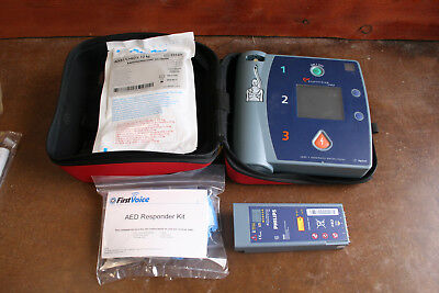 Philips FR2 AED Package with New Pads, Battery, Responder Kit, and Case