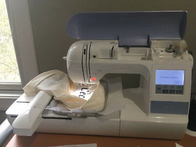Brother PE770 Computerized Sewing Machine
