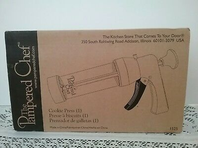 The Pampered Chef Cookie Press #1525 With Disks-NO Instructions Complete  EUC