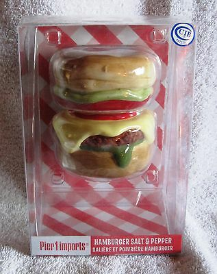 New- Cheeseburger- Thrill Of The Grill Bbq - Salt & Pepper Shakers - Great Gift