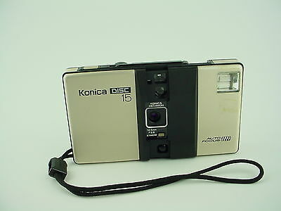 Konica Disc 15 Auto Focus Camera w/ 12.5mm Hexanon Konishiroku Lens