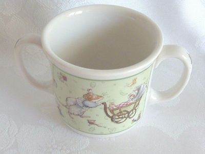 Gorgeous Royal Doulton Fine China Brambly Breakfast Cup New