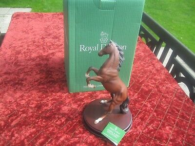 Royal Doulton Horse Spirit of the Wild .brown