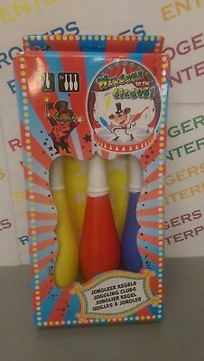Welcome To The Circus set 3 x 36cm Juggling Clubs Kids Toy Fun Gift New & Boxed