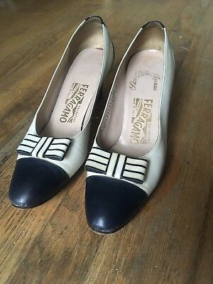 Vintage Salvatore Ferragamo Shoes, Navy Blue And White With Bow, Size 6/39