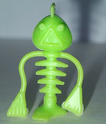 Cereal Toy R&L Crater Critter CREEPY CRITTER Pale Green FREE POST