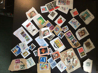 Gb/uk  Lot Of 50 Commemoratives; On Paper Used E*