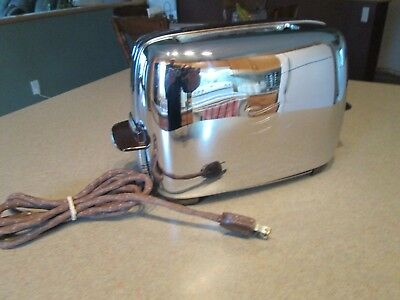 Vintage General Electric Toaster Model T31A Made in Canada