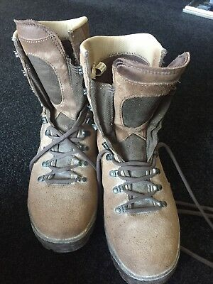 Genuine Army Hiking Boots Approx Size 10 (11M)