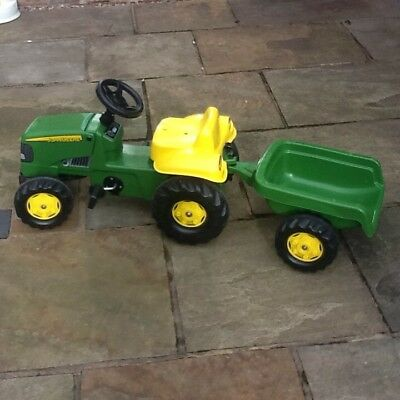 Kids John Deere ride on tractor and trailer