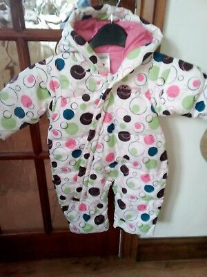 Snowsuit by COLUMBIA to fit 6 months