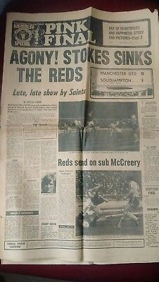 1976 FA CUP FINAL - Manchester evening news NEWSPAPER  MAN UNITED v Southampton