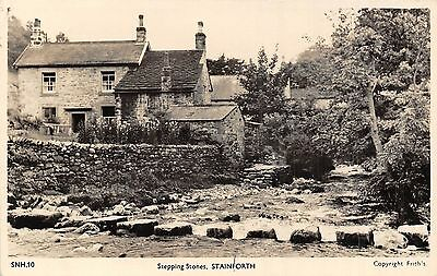 POSTCARD    YORKSHIRE    STAINFORTH  Stepping  Stones