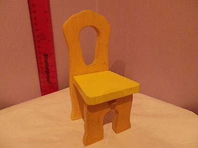 Lovely Wooden Retro Dolls Chair 14.5 Cms Tall, Seat 6.5 Cms Wide 6 Cms Depth