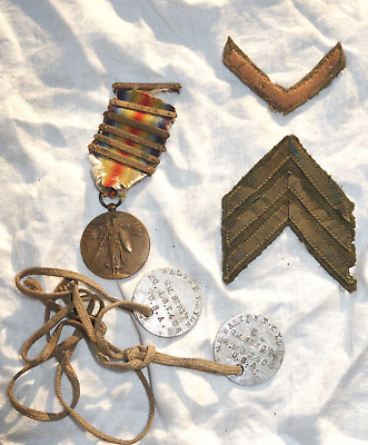 WW1 Lot, US Dog Tags,Victory Medal w/6 Bars, Overseas Stripes