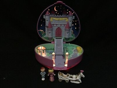 Vintage polly pocket  1992 Starlight Castle Near Complete Fully Lights Up