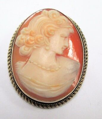 Fine quality vintage sterling silver mounted carved shell cameo brooch