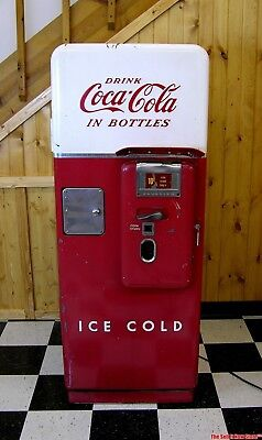Vintage 1950s Coca-Cola Cavalier C-51 C51 Coin Op Coke Vending Machine Soda USA