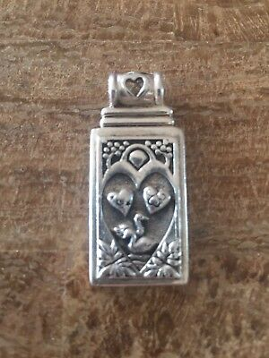 Amy Zerner Two of hearts Sterling silver pendant