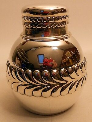 A sterling silver tea caddy, Wave Edge pattern, Tiffany & Co., New York