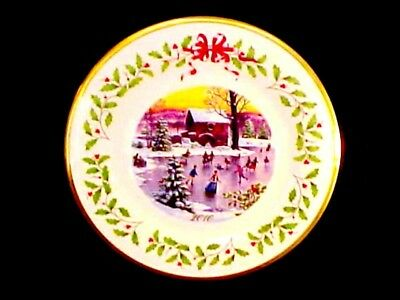 2010 Lenox Annual Collector Plate Christmas Skaters