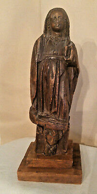 ANTIQUE or VINTAGE HAND CARVED WOMAN in CLOAK w/CHILD UNDERNEATH ~~UNUSUAL