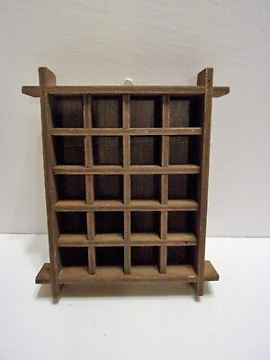 VTG? WOOD THIMBLE  or  MINIATURES  COLLECTOR WALL DISPLAY