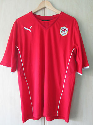 mens CARDIFF CITY FOOTBALL CLUB SHIRT SIZE LARGE