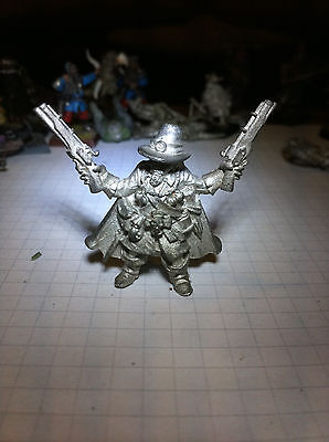 Mordheim Witch hunter, warhammer fantasy, OOP out of production