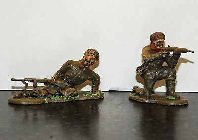 Rare Crescent Russian toy soldiers x 2