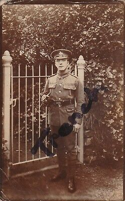 Lincolnshire Regiment named soldier, great image.