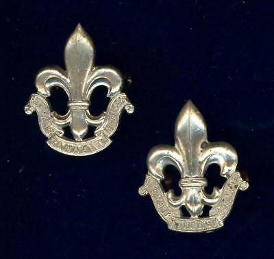Royal 22e Regiment.  PAIR of collar badges-1922 issue