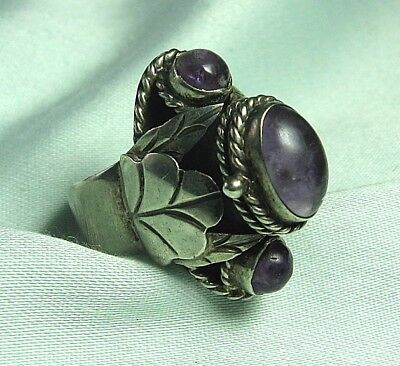 Mexican Sterling Silver & Amethyst Poison Ring 9 grams  adjustable size