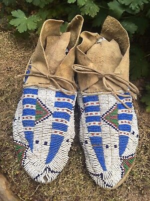 Antique 1880's Plains Indian Beaded Sioux Moccasins Sinew Sewn NICE!