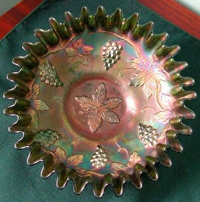 Antique Fenton Green Carnival Glass Grape And Cable Fruit Frilled Edge Bowl