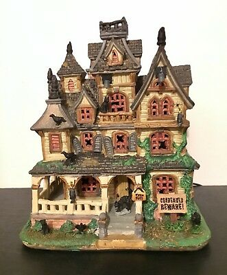 Lemax Spooky Town Collection Halloween Village Haunted Mansion Led New 2017