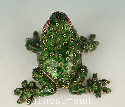 Nice Chinese Old Green Cloisonne Handmade Frog Sport Statue Figure Decoration