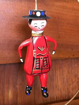 De Carlini? Laved?~Beefeater~Christams Ornament~Italy~Neiman's~Nr~5.5""