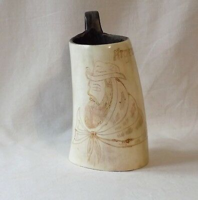 Vintage Antique Scrimshaw Style Carved Gaucho Steer Horn Measure,cup.argentina.